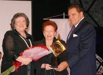 La Universidad Hebrea de Jerusalem premió a Don Francisco por su aporte a la sociedad