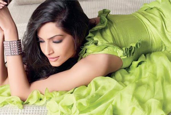 Indian-film-actress-movie-star-Bollywood-filmstar-Sonam-Kapoor