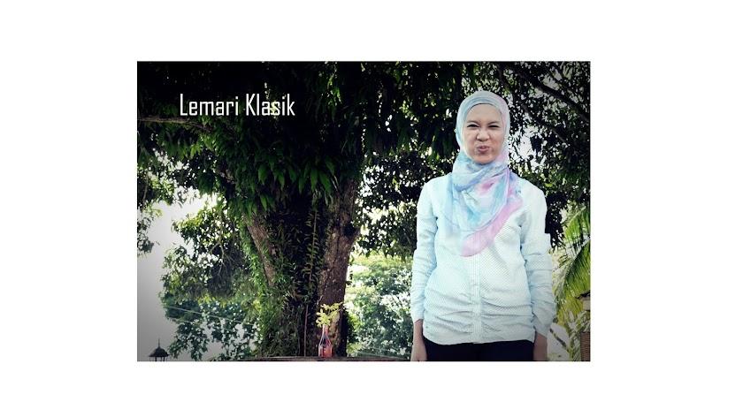 Lemari Klasik