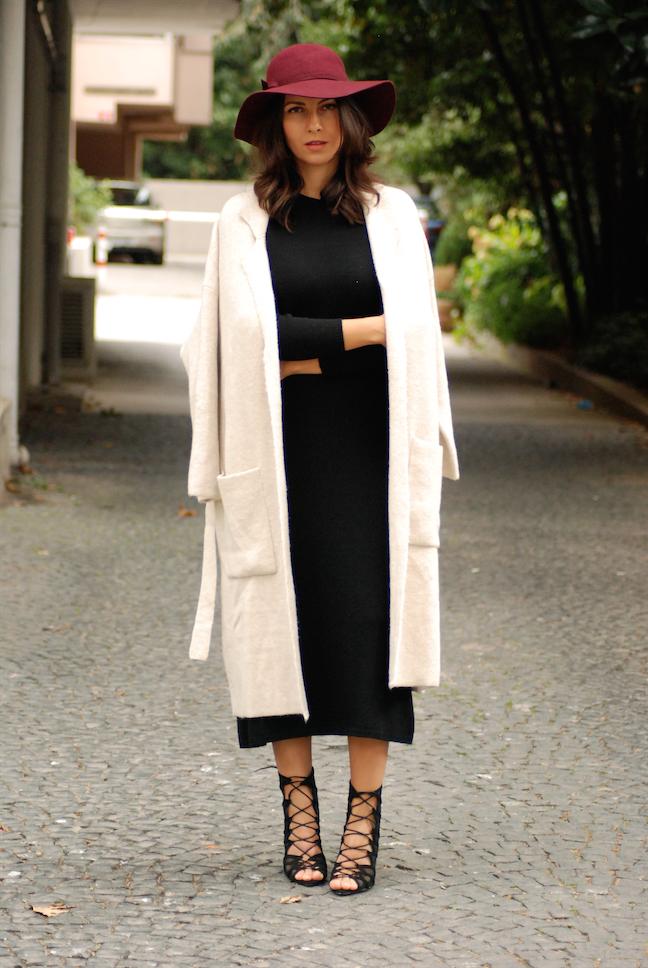 oversize, pullover, oversize coats pullovers, black dress,stefanel,outfit,street style, street style, sokak modasi,trendydolap.blogspot.com.tr,burgundy,hat,elegant look,chic, effortless chic