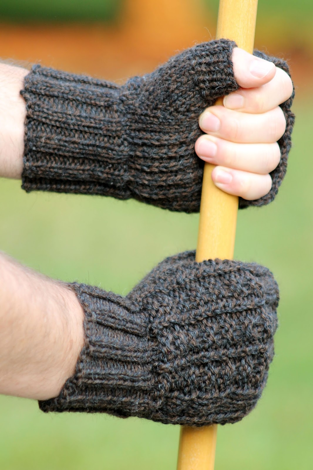 Balls to the Walls Knits: Sailors Rib Fingerless Gloves