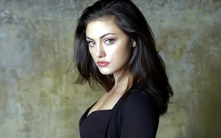 Phoebe Tonkin HD Wallpaper