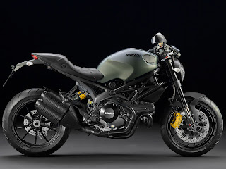 2013 Ducati Monster 1100 EVO Diesel Motorcycle Photos 2