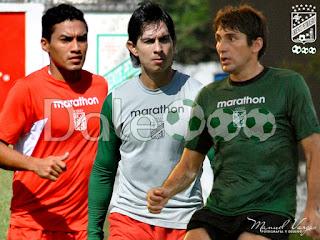 Oriente Petrolero - Alcides Peña - Marvin Bejarano - Ronald Raldes - DaleOoo.com página del Club Oriente Petrolero
