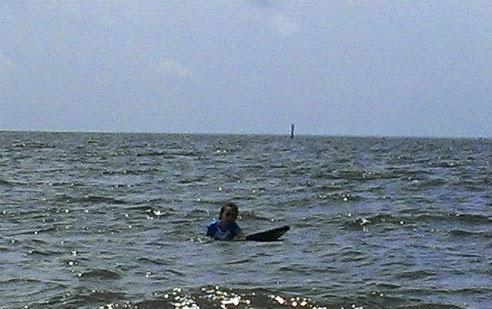beach surfing 4