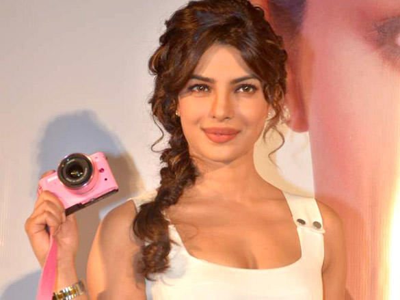 priyanka chopra launches nikon 1 cameras hot photoshoot