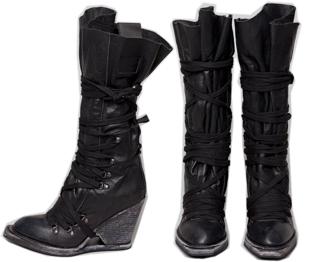 http://4.bp.blogspot.com/-ghSoyssK7fg/Ta3KYMv04KI/AAAAAAAAN0c/rjRYV2F4s1Y/s1600/shoe.jpg