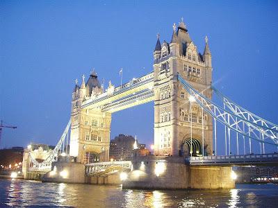 Wondor of The World London Bridge Picture
