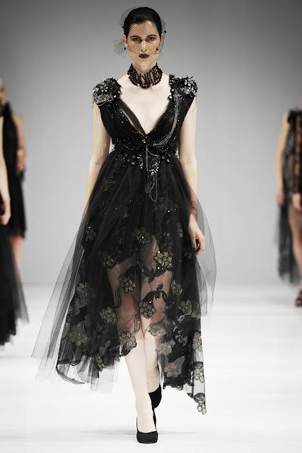 31 - Trash Couture 2012 �lkbahar Yaz Modas�