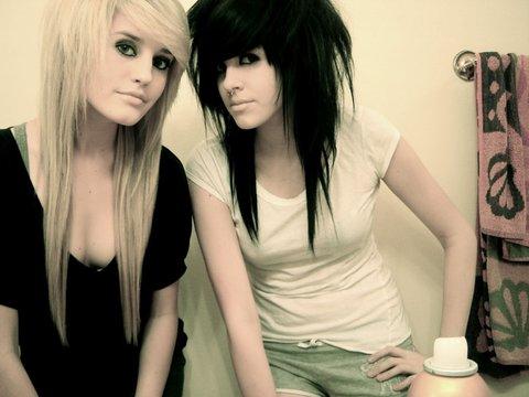 emo medium hairstyle. hairstyles