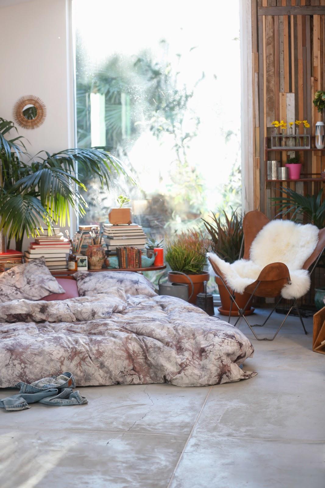 Sypialnia, styl skandynawski, scandinavian style, bedroom, w bieli, white, romantic,