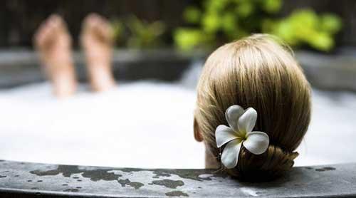 baño con productos naturales