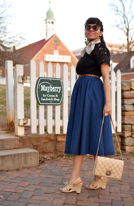 Outfit with a full skirt