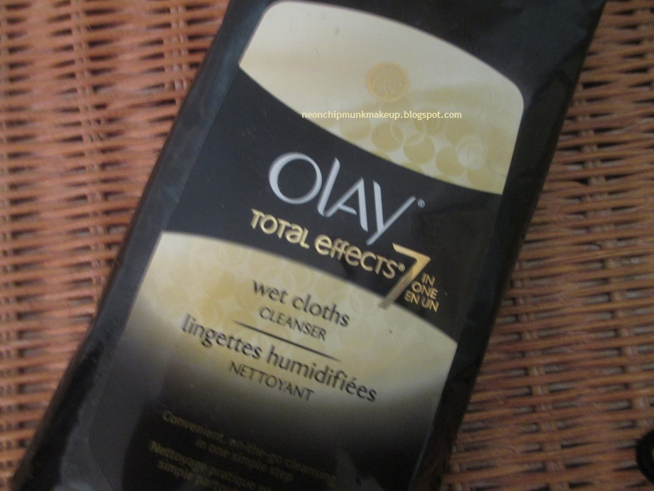 Tutorials, Hauls, Reviews, N'at: Olay Total Effects Wet Cloths Review