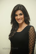 Kriti Sanon Photos at 1 Nenokkadine Audio Release-thumbnail-14
