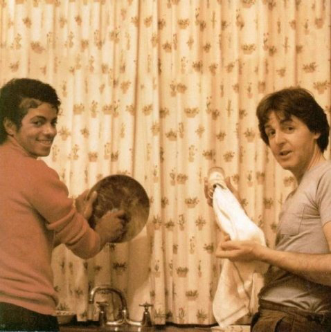 Paul McCartney & Michael Jackson Dish-washing Like A Boss - Motivational Picture At The Kitchen Doing Dishes