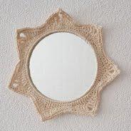 Spiegeltje met omhaakte rand