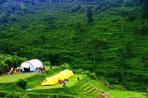 Rekreasi Seru Keluarga Di Umbul Sidomukti Jawa Tengah Awesome