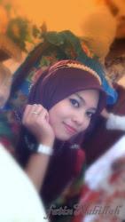 it's me lah!  (✿◠‿◠)