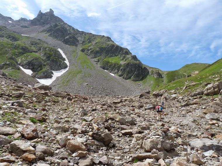 ツールドモンブラン ボンノム峠に向かって登る