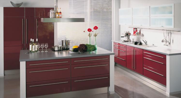 El color burdeos en la decoraci n cocinas modernas - Cocinas color burdeos ...