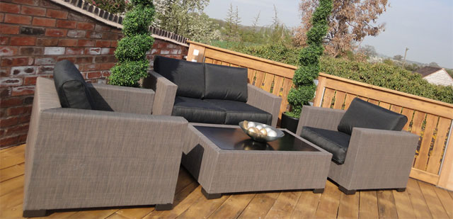 Rattan Garden Furniture Suite