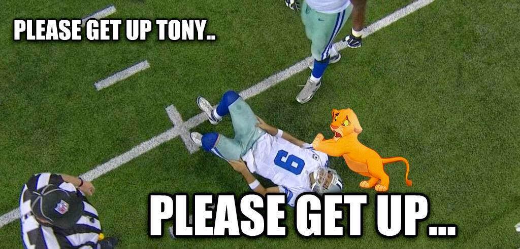 Please get up tony.. please get up... - #Simba #tonyromo #Cowboyshaters