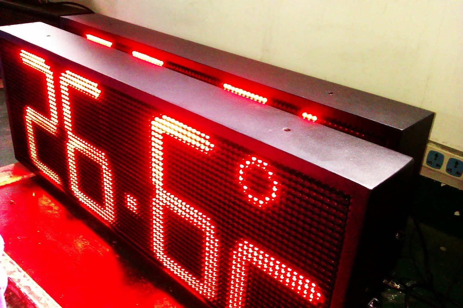 Petroled big outdoor clock red led time temperature display outdoor led clock wall mounted waterproof clock amipublicfo Image collections