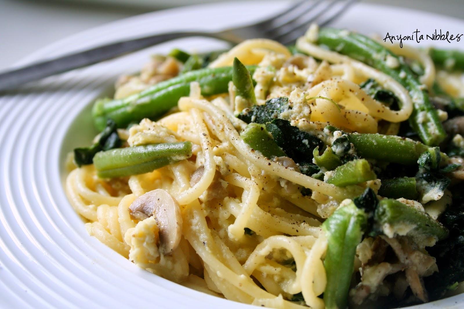 Closer look at Kale & Wild Mushroom Vegetarian Spaghetti Carbonara | Anyonita Nibbles
