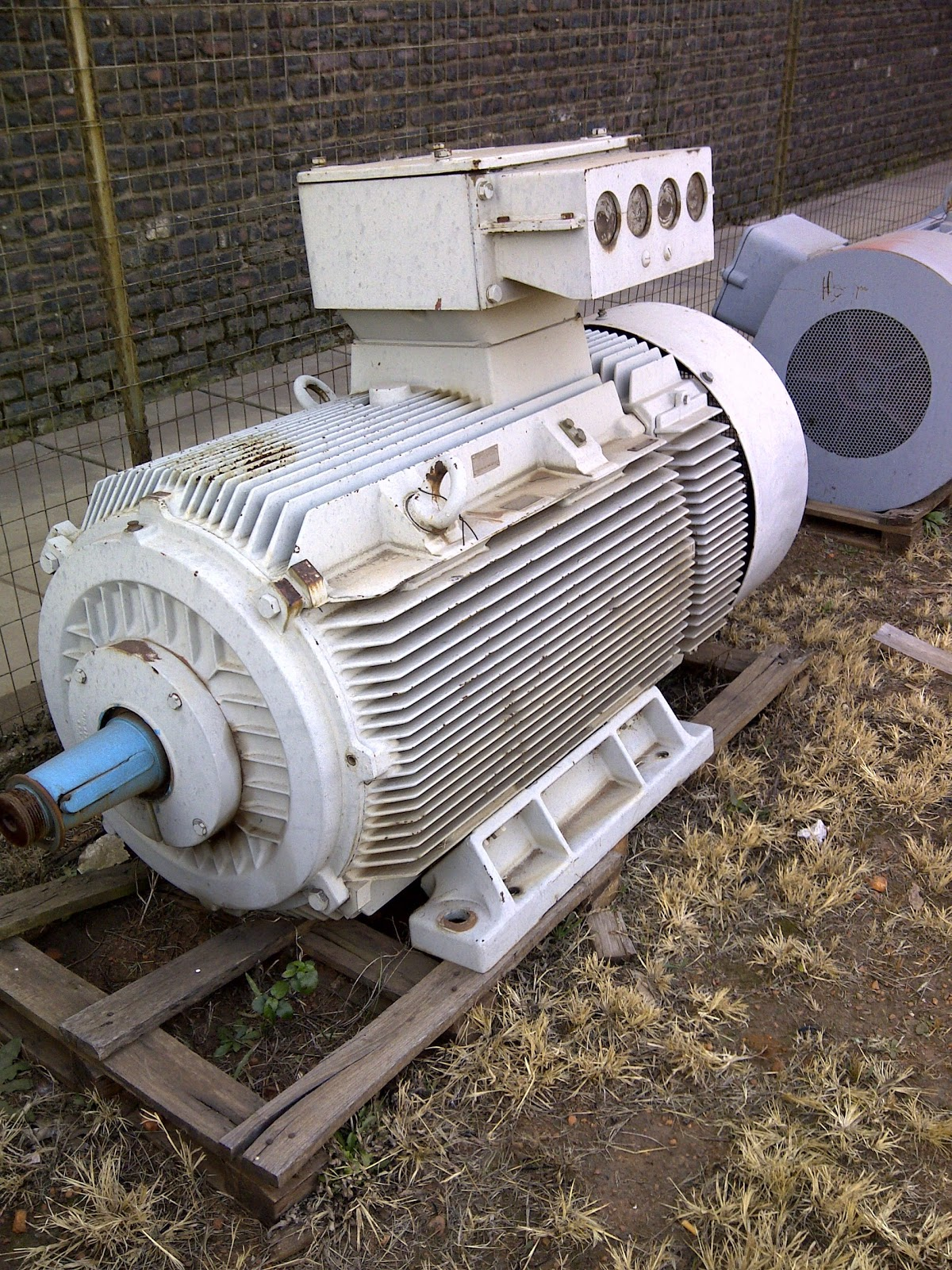 Indusquip Wem High Efficiency Electric Motors And Invt Ac
