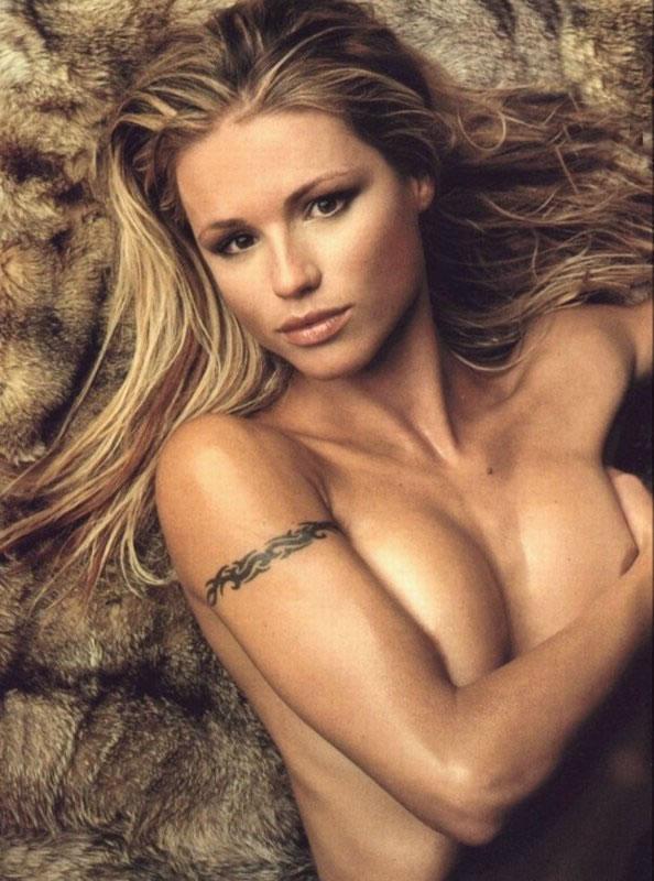 Michelle Hunziker giovane tutta nuda | Al Naturale