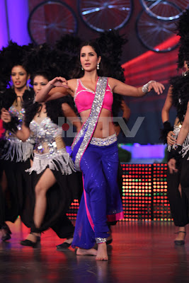 Katrina Kaif Dancing in Pink Blouse and Blue Saree