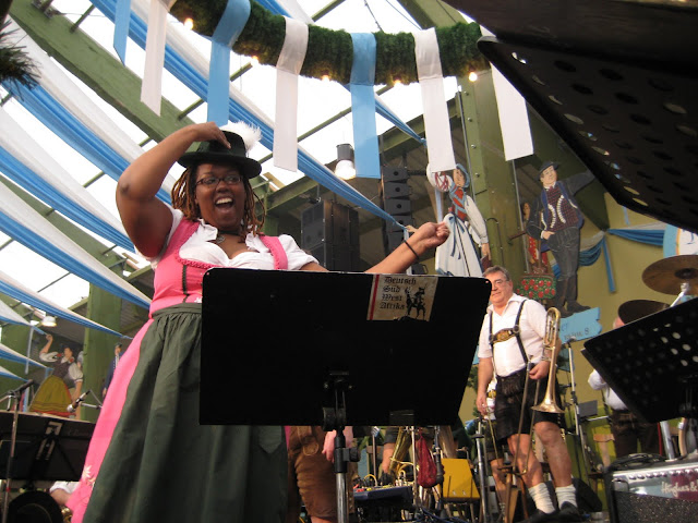 nicole is the new black on stage at oktoberfest