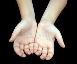 Kisah Tangan Kanan Dan Tangan Kiri