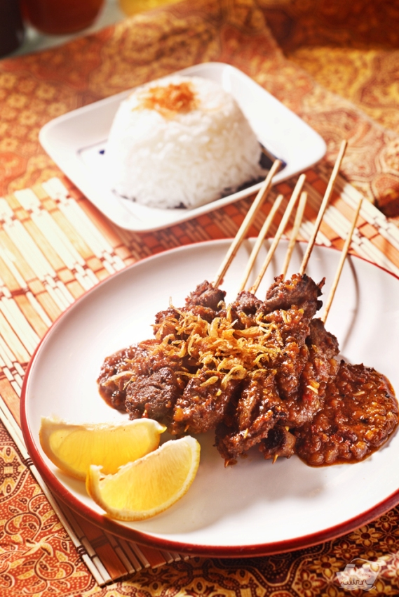 The Food Tales: Beef Satay with Peanut Sauce