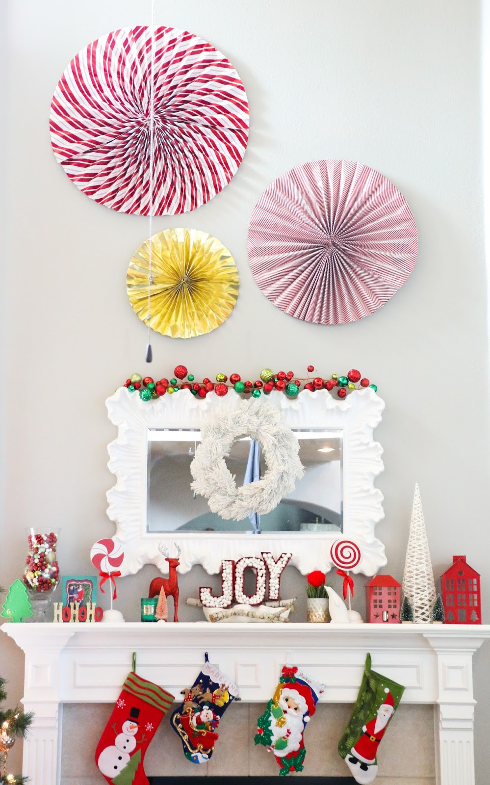 Superb Craft It   5 Unexpected Ways To Use Wrapping Paper At Christmas   A Kailo  Chic Life Good Looking