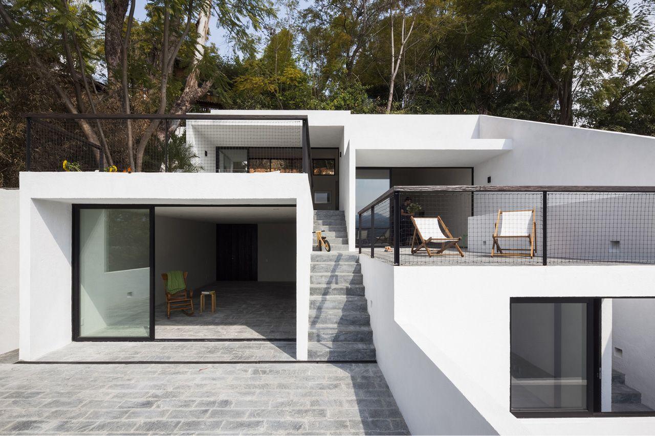 A f a s i a dellekamp arquitectos for Casas en valle de bravo