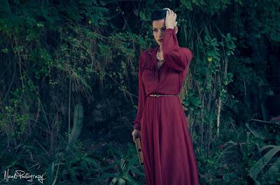 שמלה בורדו