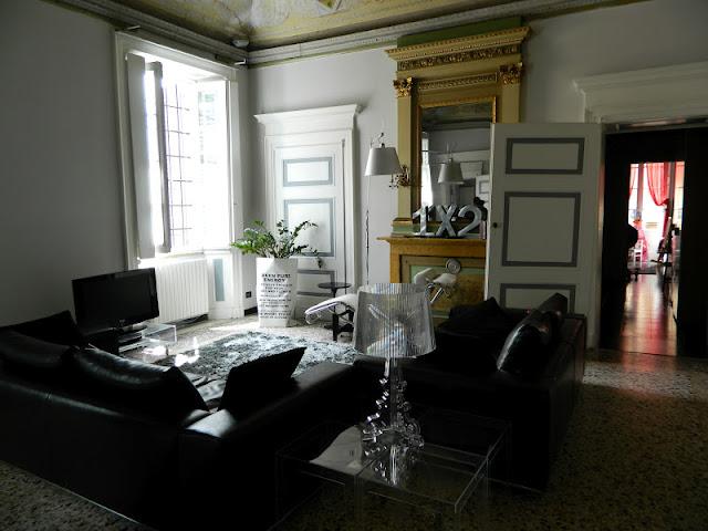 Ele di decor una casa moderna e vintage a modern for Casa moderna mobili