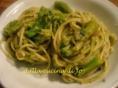 spaghetti e broccoli alla carbonara