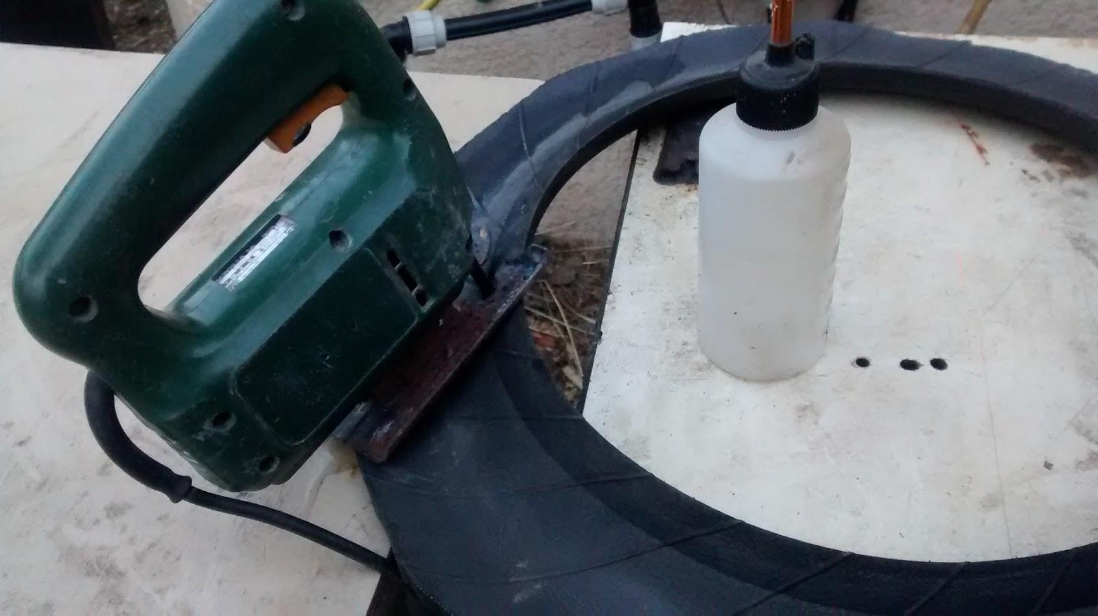 Grinchou blog d couper facilement du caoutchouc comme du pneu et ou du rev tement d 39 aire de jeux - Comment couper une courgette ...