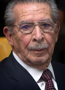 Efrain Rios Montt on trial in courtroom