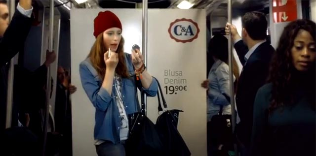 Modelo en el metro