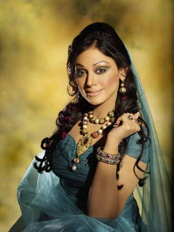 shobana unseen actress pics
