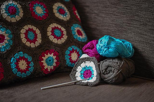 Beccy May: Crochet Hexagon Cushion. (Or... My Rookie Crochet Mistake!)