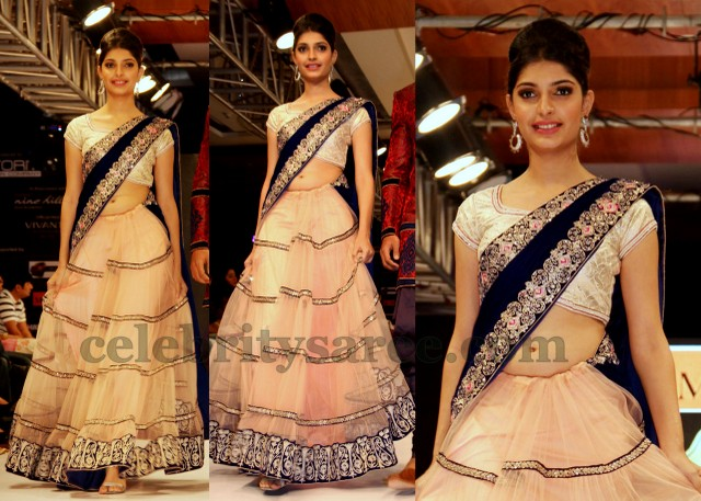 Half Saree Designers in Hyderabad http://www.celebritysaree.com/2012/12/peach-organza-half-saree.html