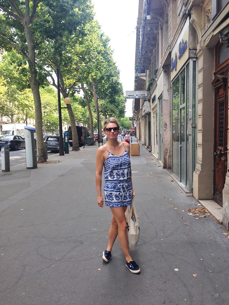 Floral print linen LOFT romper, navy Superga, Paris, street style, summer style