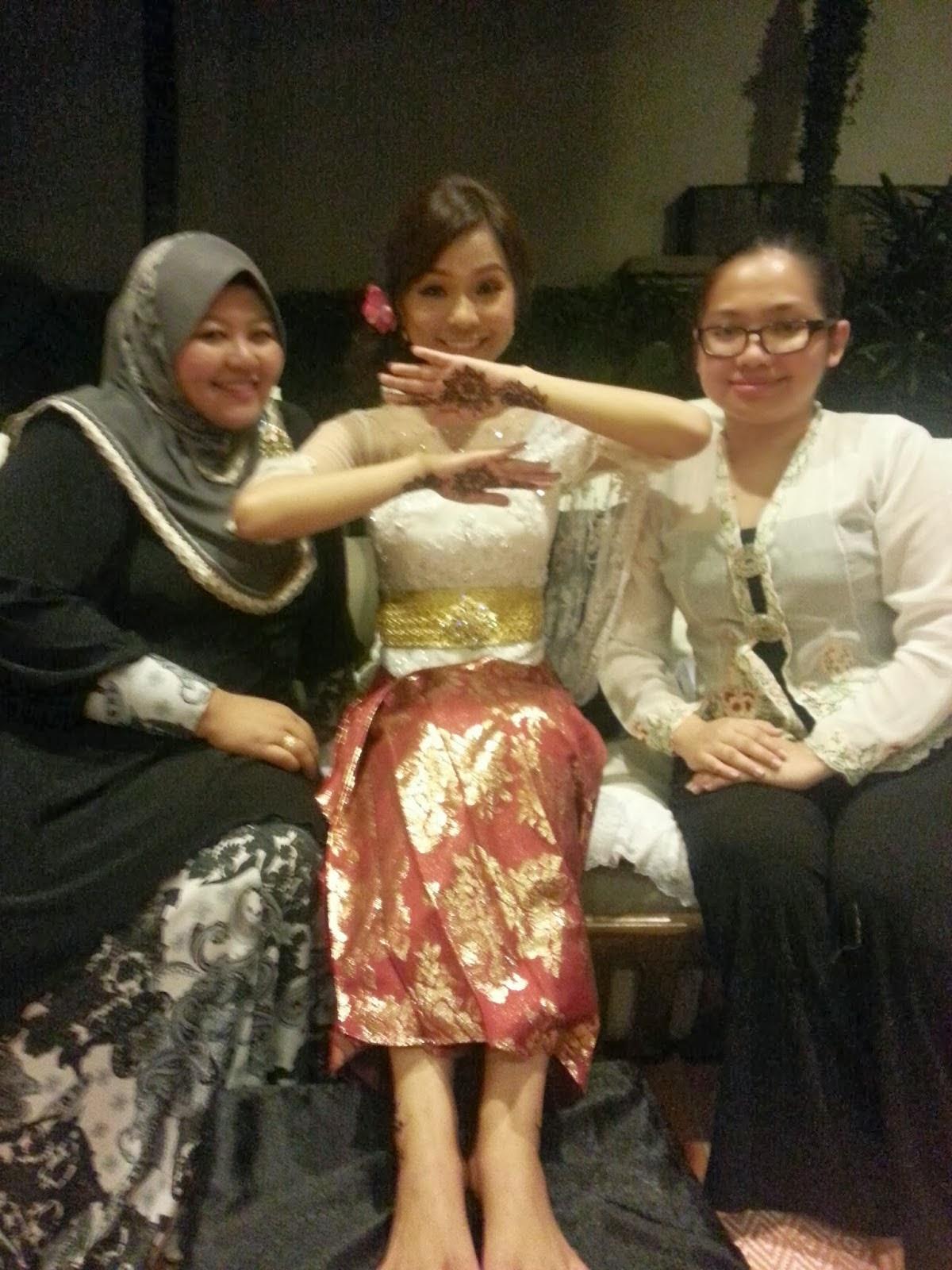 Me , Anne & Nina