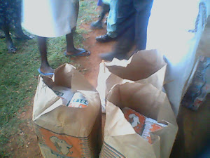 FOOD DISTRIBUTION IN THE CENTRE TO WIDOWS AND ORPHAN CHILDRENS