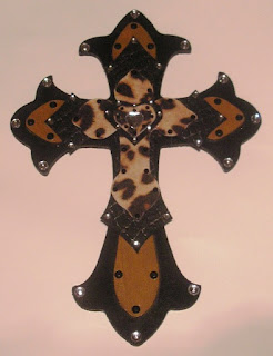 haute crafty creations bling bling wooden cross project. Black Bedroom Furniture Sets. Home Design Ideas